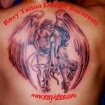 model tatuaje spate baieti salon tatuaje roxy tattoo bucuresti