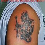 calugar munk tatuaje Roxy