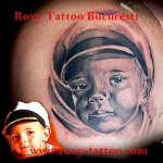 portret)tattoo_child_roxy