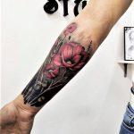 flori mana tatuaje fete modele