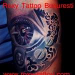 modele tatuaje picior ochi biomecanic