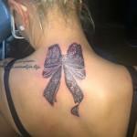 modele tatuaje fete funda spate roxy bucuresti salon