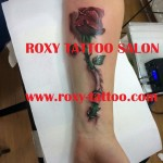 trandafir salon de tatuaje bucuresti roxy tattoo